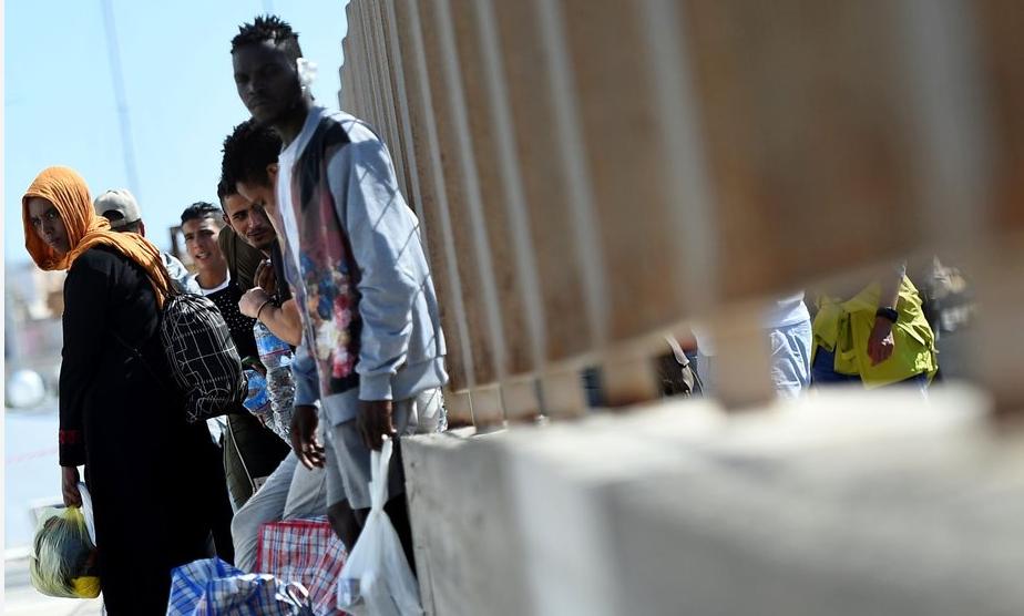 Napływ nielegalnych muzułmańskich imigrantów w Hiszpanii zwiększył się o 20 proc.
